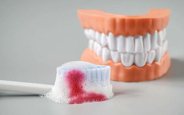 เลือดออกตามไรฟัน